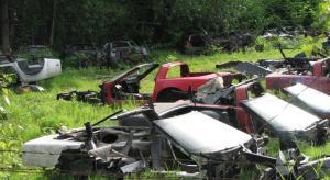 corvette-junkyard